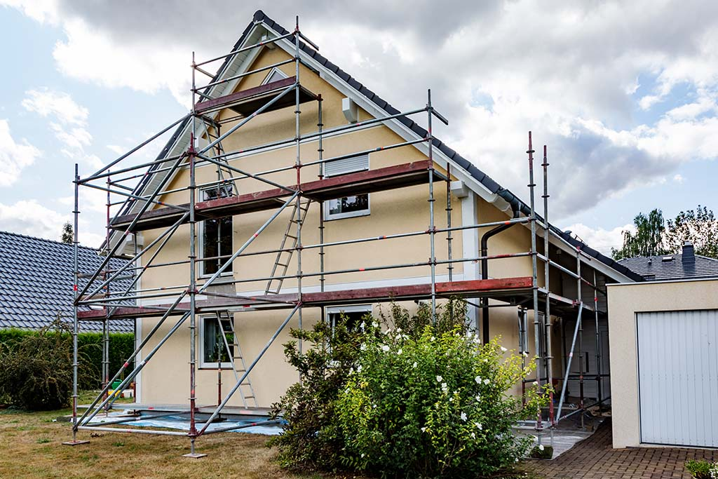 Home-Projects-That-Require-Scaffolding